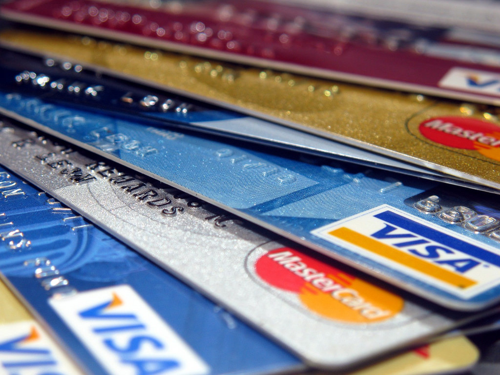 What Are The Top Benefits You Can Get With a Credit Card?